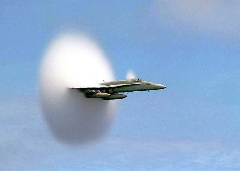 FA-18_Hornet_breaking_sound_barrier_7_July_1999